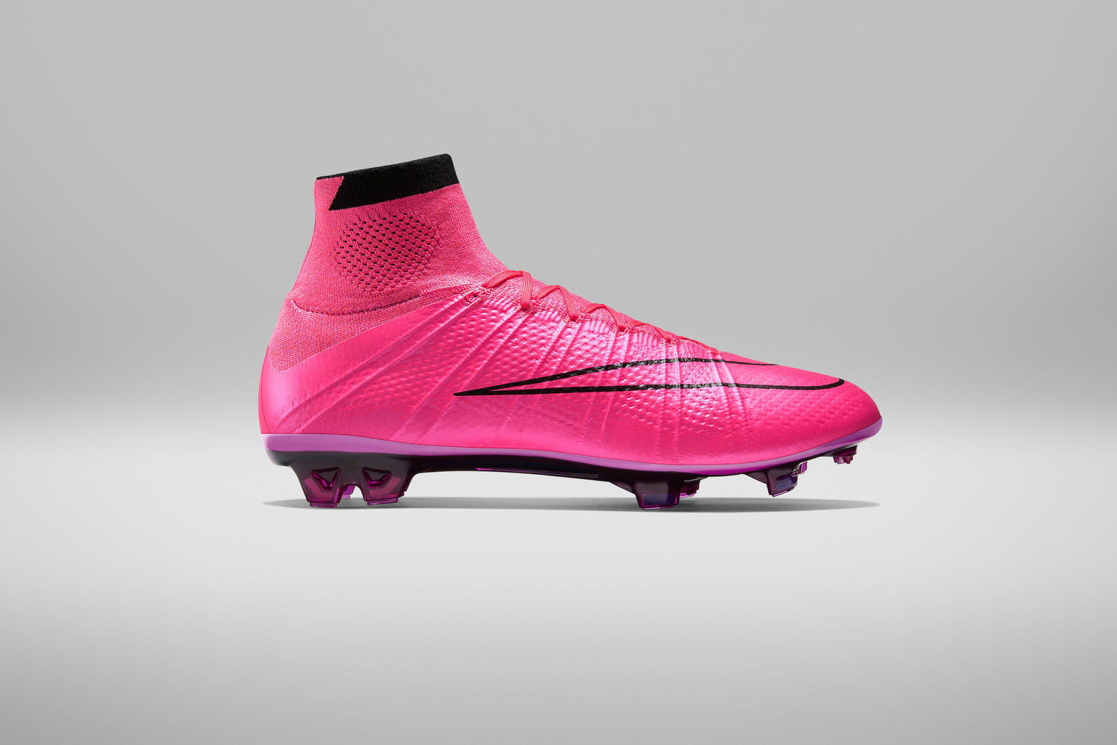 FA15_FB_FG_MercurialSuperfly_Lateral_Pink_native_1600